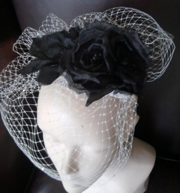 Bridal Black and white vintage inspired birdcage veil