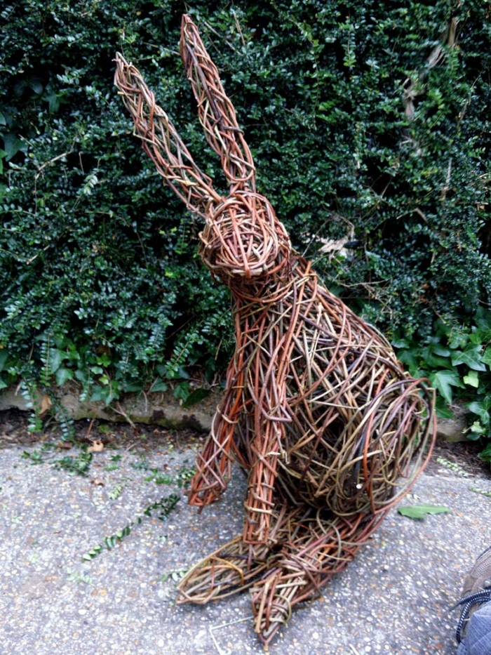 Pic of willow hare used for inspiration at my willow workshop